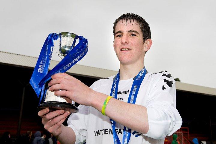 Previous MacTavish Juvenile Cup Winners